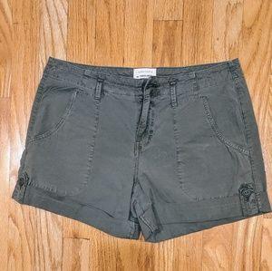 Sanctuary cargo shorts. Size 26.